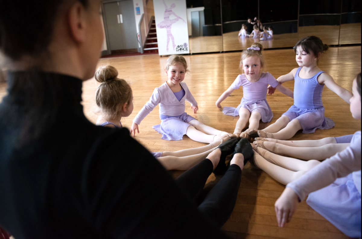 Baby Ballet Classes Blackpool, Thornton, Cleveleys, Poulton-le-Fylde, Layton, Bispham AVR Dance Blackpool Dance School Blackpool